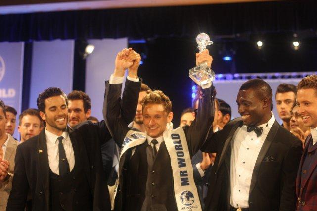 Top 3 Mister Mundo 2014